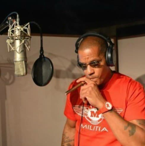 Amina Buddafly and Peter Gunz separate 4