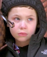 Kail_Lowry_son_Isaac_crying_