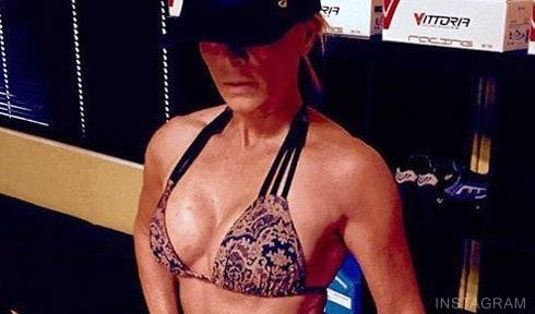 Tamra_Judge_fitness_bikini_pose_490