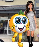 Farrah_Abraham_Froco_frozen_yogurt_shop_tn