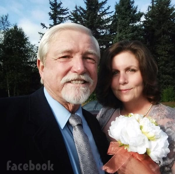 Dakota Fred Hurt wife Jennifer Sheets wedding photo
