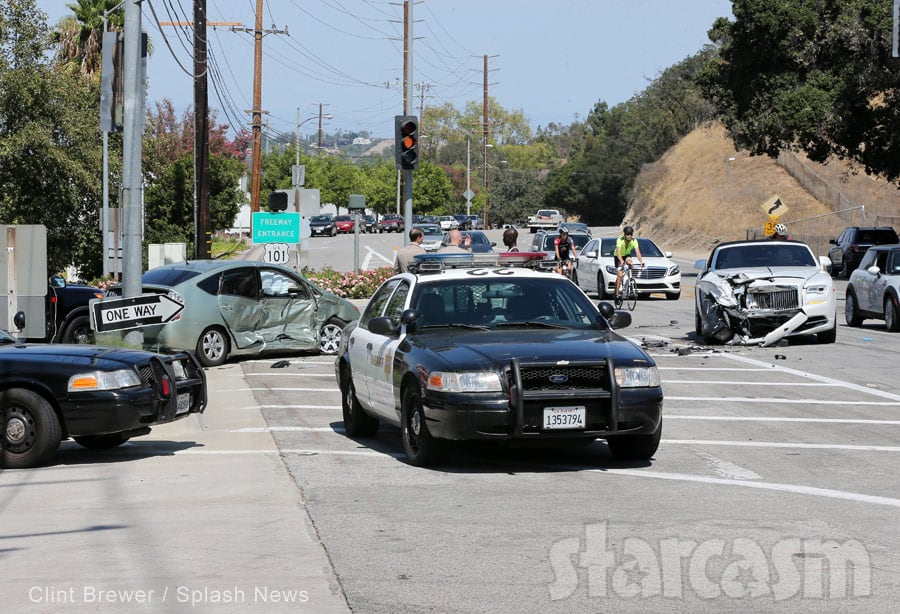 Kris Jenner car accident scene photo