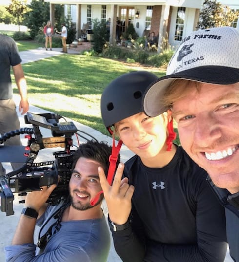 Confirmed Fixer Upper Season 4 Start Date Announced By