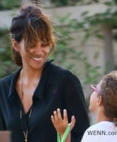 Halle Berry Instagram explains why she hides her kids