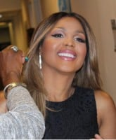 Toni Braxton Lupus hospitalization causes postponed concerts