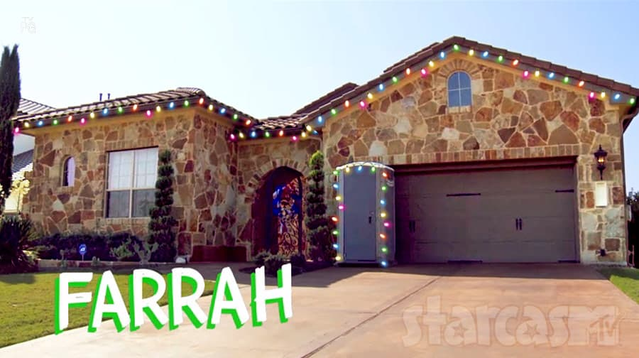 Farrah Abraham porta potty Christmas lights