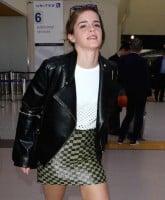 Emma Watson's public oil 1