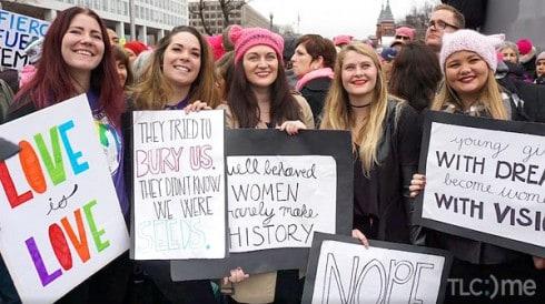 Mariah_Brown_friends_Womens_March_