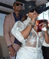 Joseline and Stevie are back together again 1