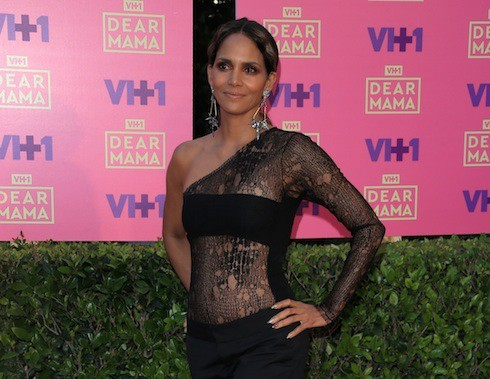 Dear Mama red carpet photo gallery Halle Berry cropped