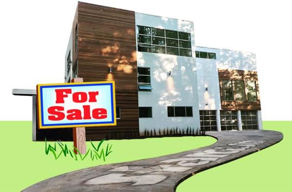 Is Kenya Moore selling Moore Manor?