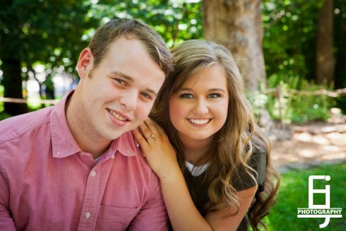 View More: http://elizabethjoyphoto.pass.us/joseph-duggar--kendra-caldwell-engagement-portraits-watermark