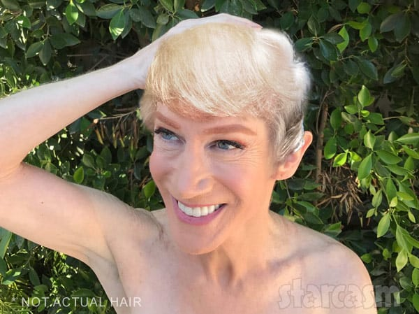 Kathy Griffin Shaves Head in Solidarity With Sister Fighting Cancer