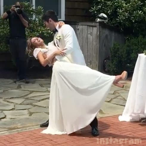 Nev Schulman and Laura Perlongo first dance wedding photo