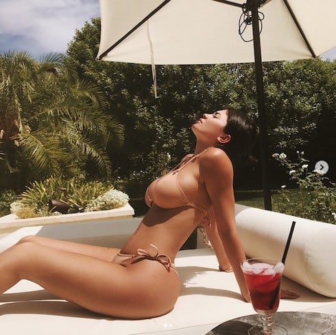 Kylie Jenner nude photo gallery