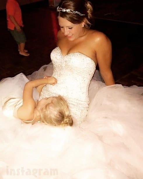 Taylor Halbur wedding daughter Paislee
