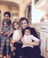 Khloe Kardashian motherhood 1