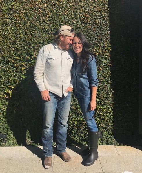 Chip And Joanna Gaines Net Fixer Upper Stars Chip And