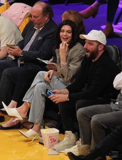 Kendall Jenner comes out to watch Blake Griffin at the Lakers game in LA
