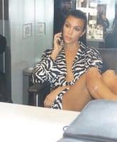 Kourtney Kardashian pregnant 3