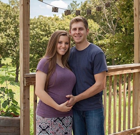 Did Joy-Anna Duggar get pregnant before marriage 5