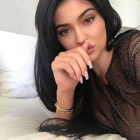 Is Kylie Jenner engaged to Travis Scott 1