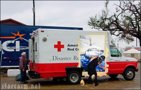 Jessica Alba versus the Red Cross