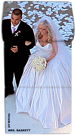 Kendra Wilkinson and Hank Baskett wedding photo