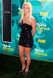 Britney Spears on the red carpet at the 2009 Teen Choice Awards