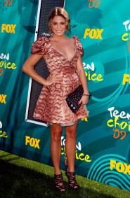 Nikki Reed on the red carpet at the 2009 Teen Choice Awards