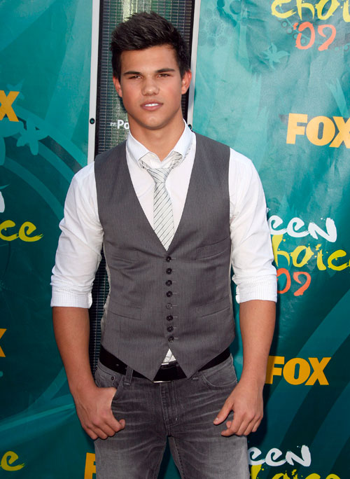 Twilight Cast 2009 Teen Choice Awards Red Carpet Photos