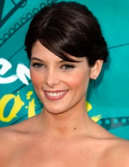 Ashley Greene on the red carpet at the 2009 Teen Choice Awards