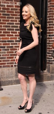 Anne Heche at Letterman 8-26-09 | Diane Cohen/Fame Pictures