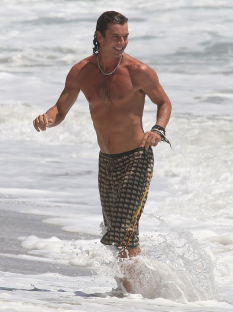 Gavin Rossdale shirtless at the beach