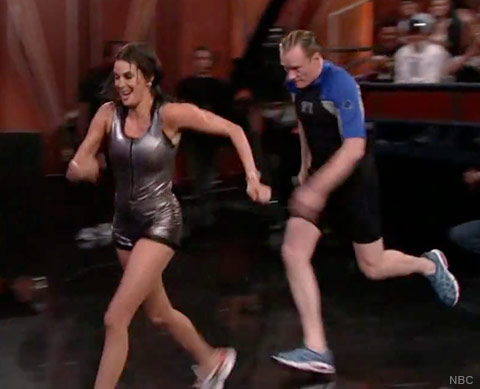 Conan O'Brien and Teri Hatcher race during a comedy sketch just before Conan injures his head, suffering a concussion and requiring a visit to the hospital