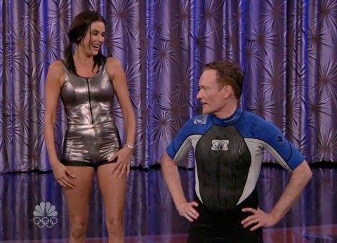 Conan O'Brien and Teri Hatcher just after his concussion injury