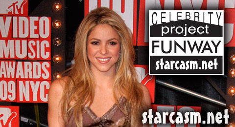 Shakira models for Project Funway at the 2009 MTV Video Music Awards