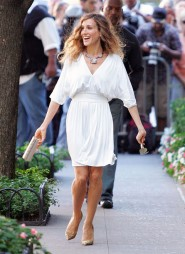 Sarah Jessica Parker looking joyous on the set of Sex and the City 2