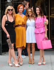 Samantha, Miranda, Carrie and Charlotte pose for pictures on the set of Sex and the City 2
