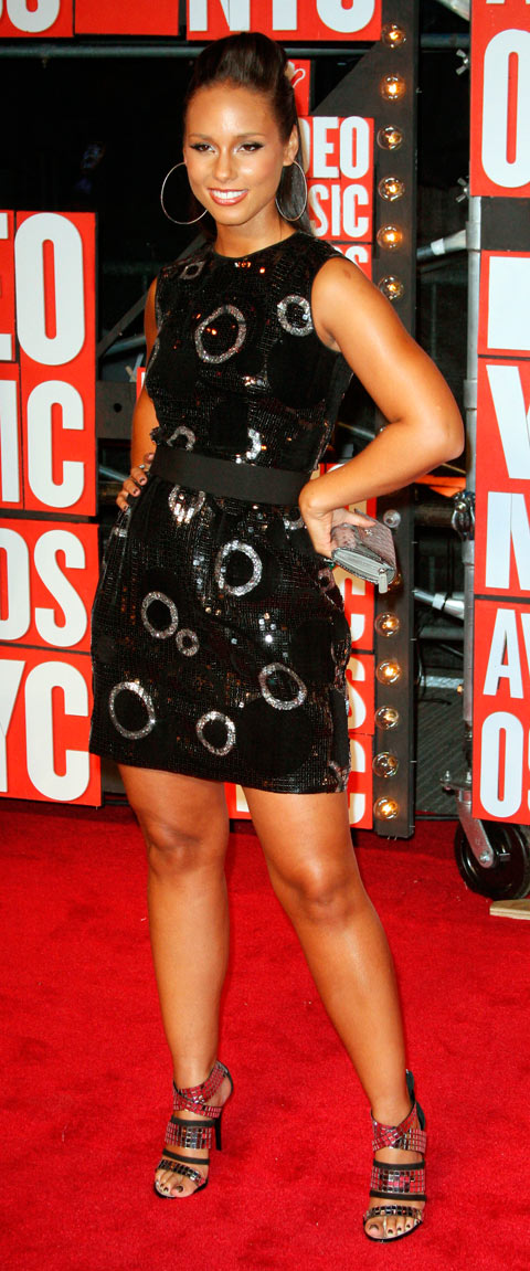 Alicia Keys on the red carpet at the 2009 MTV Video Music Awards VMA