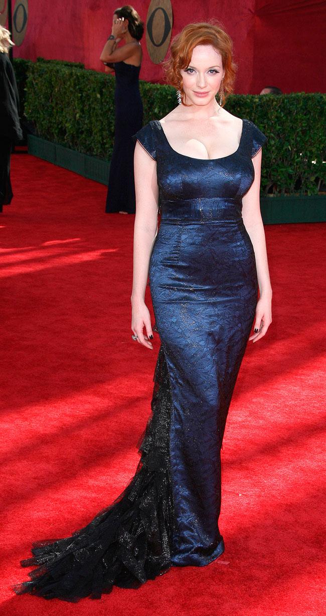 Christina Hendricks arrives on the red carpet at the 2009 61st Annual Primetime Emmy Awards