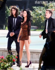 Katy Perry gets wet and wild in a fountain during shooting of the video for 'Starstruck'