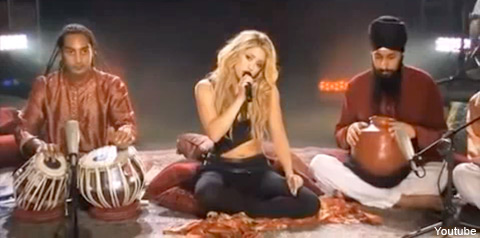 Shakira performs ... Indian-style?