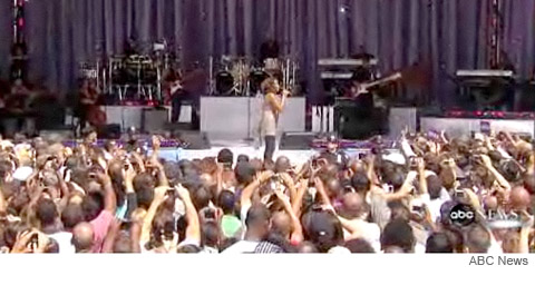 Whitney Houston performs live from Central Park on Good Morning America