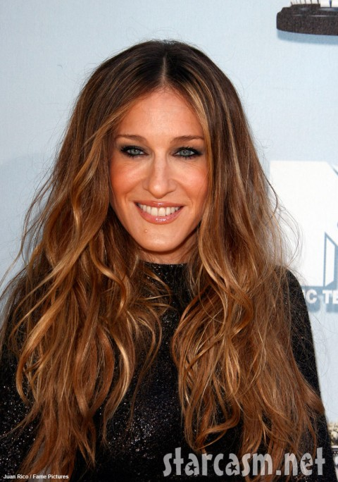 Sarah Jessica Parker still had her chin mole in June of 2008