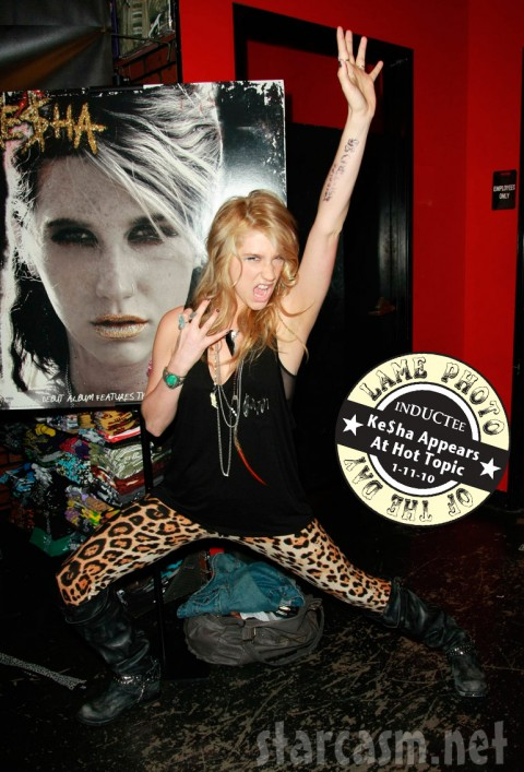 Ke$ha signs autographs at a Hot Topic store in Hollywood January 9, 2010