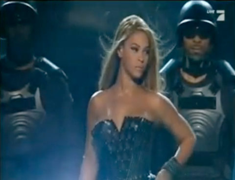 Beyonce at the 2010 GRAMMY Awards