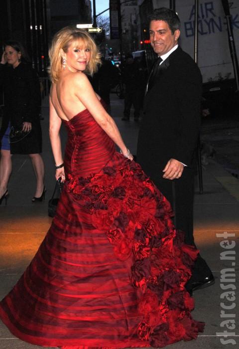 Ramona Singer shows off her elegant red dress at Bethenny Frankel's wedding
