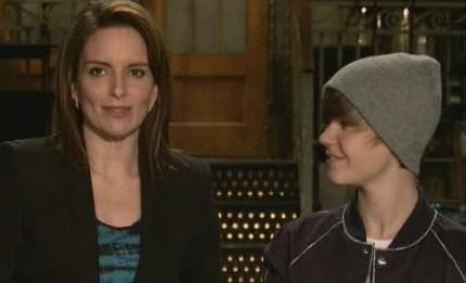SNL Teacher Skit VIDEO: Ladies' boy Justin Bieber and funny