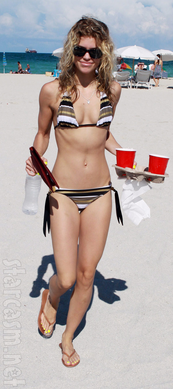 AnnaLynne McCord bikini photo